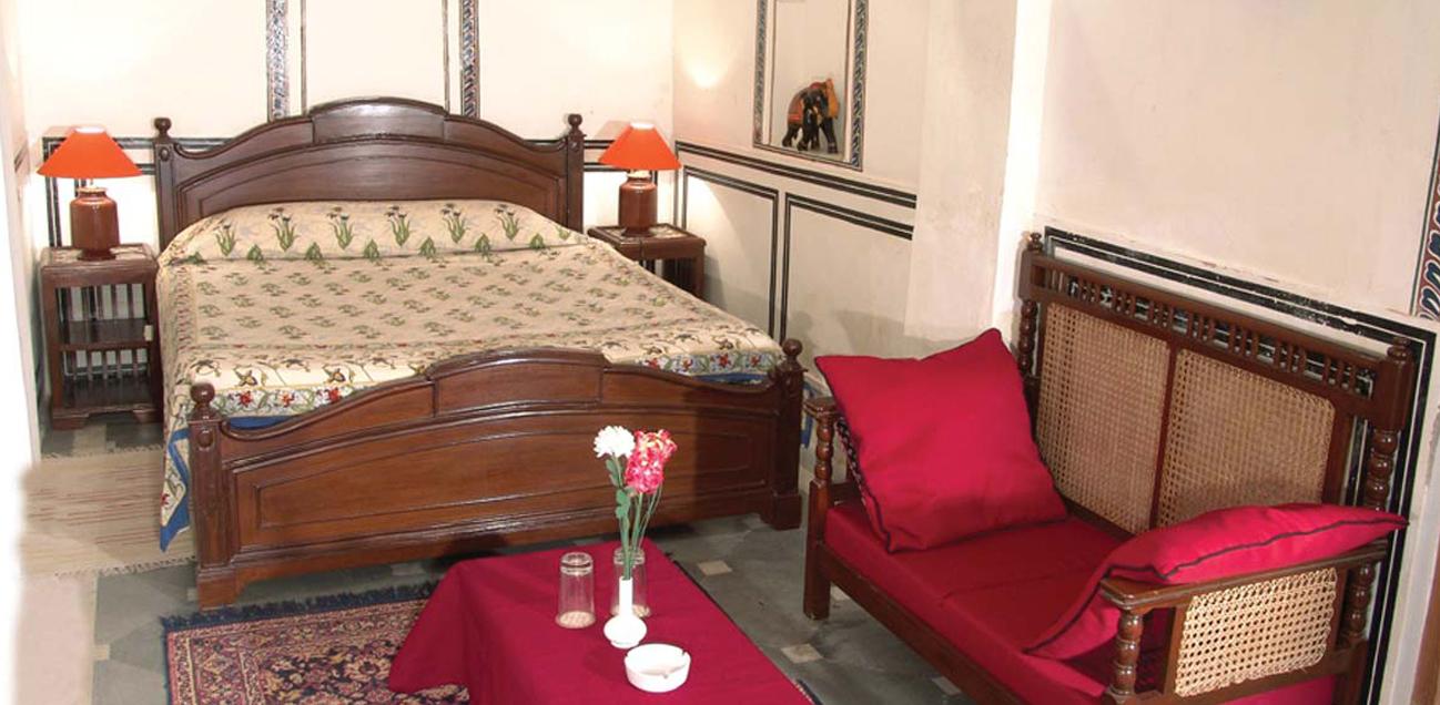 http://www.hotelmandawahaveli.com/wp-content/uploads/2016/09/003.jpg